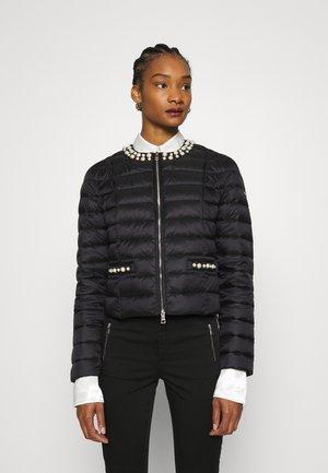 IMBOTTITO CORT - Light jacket - nero