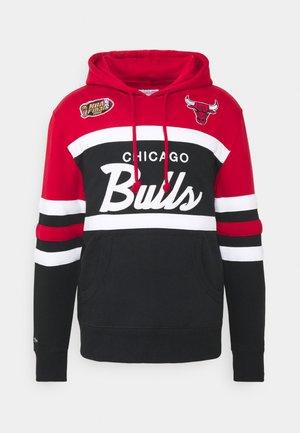 NBA CHICAGO BULLS HEAD - Klubové oblečení - red/black