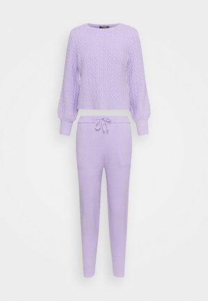 TEXTURED JUMPER AND JOGGER SET - Trui - lilac