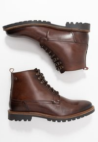 Base London - CALLAHAN - Botki sznurowane - washed brown - 1