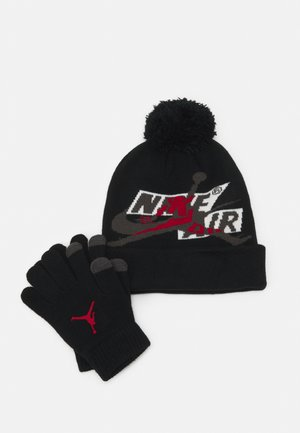 JUMPMAN CLASSICS POM BEANIE SET - Gloves - black/gym red