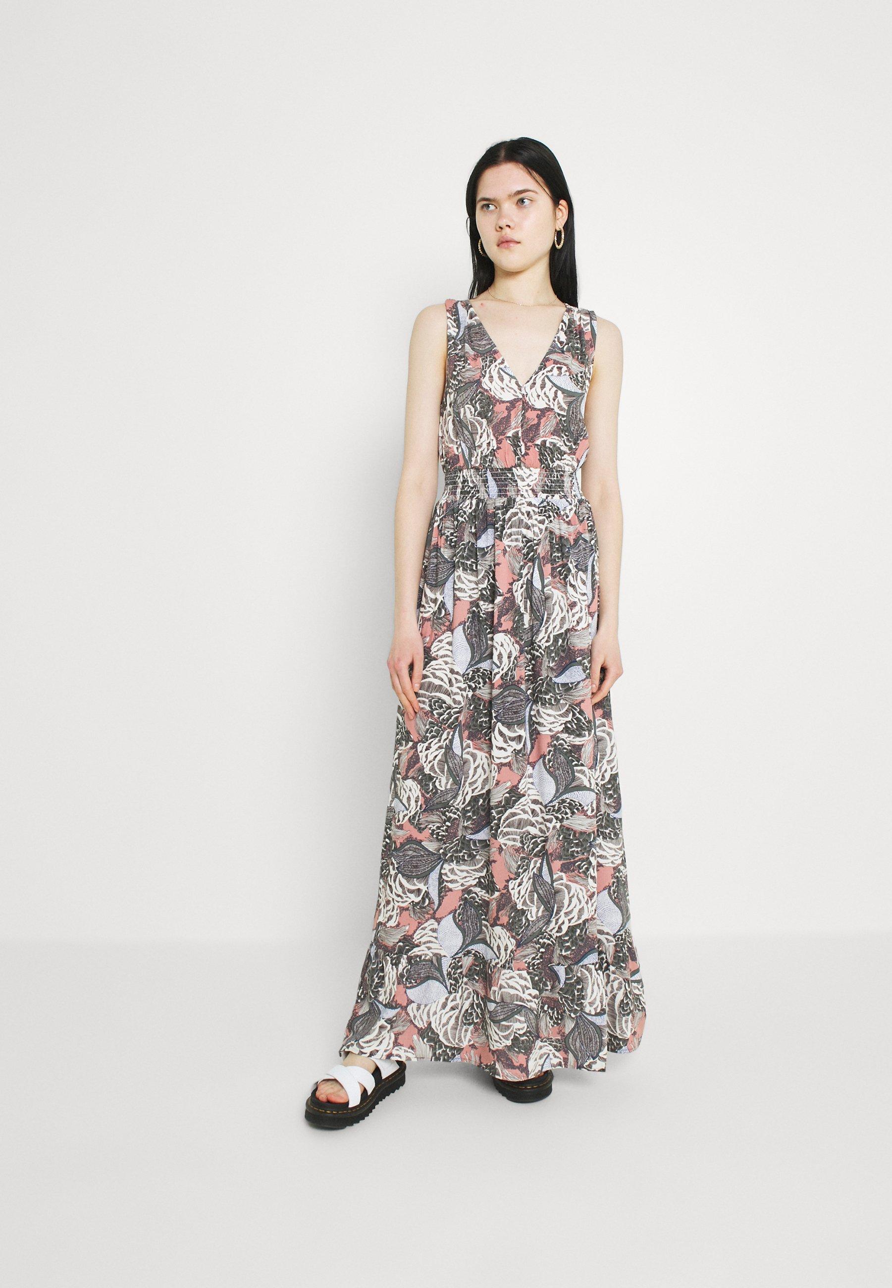 Women ONLGUSTA LIFE DRESS - Maxi dress