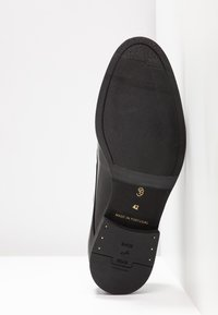 Shoe The Bear - RAMPLING - Smart lace-ups - black - 4