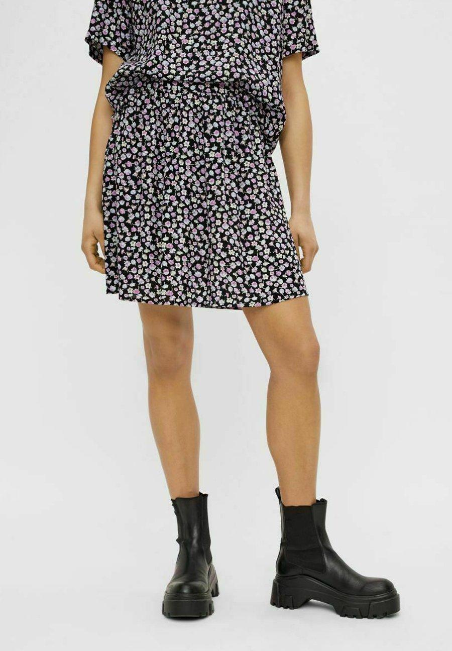 Femme PCNYA SKIRT - Minijupe - black