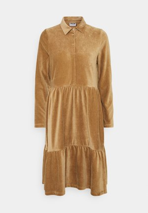 NMVELVET SHIRT LOOSE DRESS - Hverdagskjoler - tigers eye