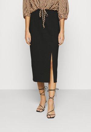 SARA - Pouzdrová sukně - black