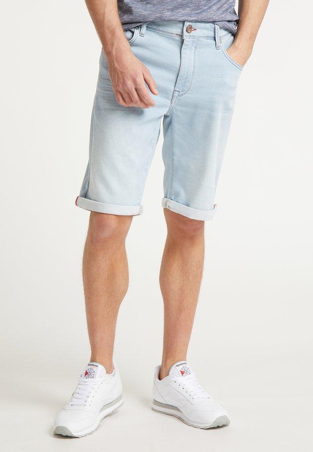 SHORTS - Shorts vaqueros - bleached
