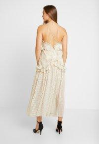 Thurley - ZETTA DRESS - Suknia balowa - creme/black - 3