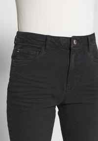 Esprit - MODERN - Jeans Tapered Fit - black - 5