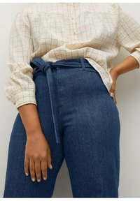 Violeta by Mango - CHRISTIE - Flared Jeans - blau - 3