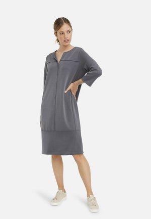 Day dress - graphit