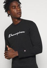 Champion - LEGACY CREWNECK - Sweatshirt - black - 4
