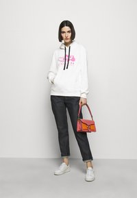 Coach - NEON HORSE AND CARRIAGE  - Mikina - white - 1