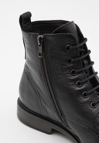 Geox - TERENCE - Lace-up ankle boots - black - 5