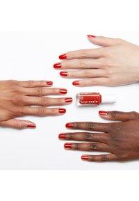Essie - EXPRESSIE - Nail polish - bolt and be bold - 1
