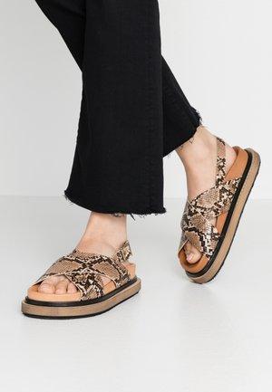 MARSHMELLOW - Sandalen met plateauzool - brown