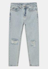 Grunt - MOM DOOP DAMAGE  - Jeans Relaxed Fit - light-blue denim - 0