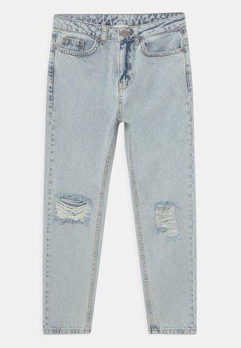 MOM DOOP DAMAGE  - Jeans Relaxed Fit - light-blue denim