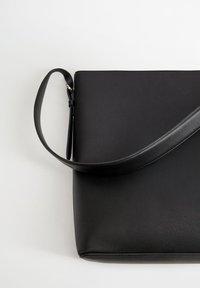 Violeta by Mango - BASIC - Tote bag - schwarz - 2