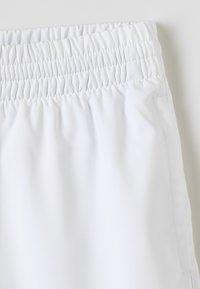 Head - CLUB BERMUDAS  - Sports shorts - white - 2