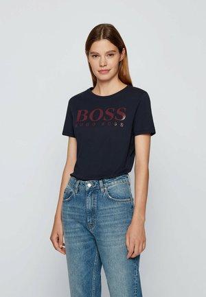 C ELOGO - Print T-shirt - open blue