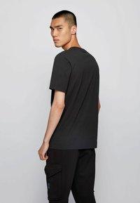 BOSS - TSHINE - T-shirt imprimé - black - 2