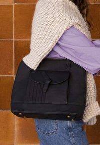 Violet Hamden - Across body bag - schwarz - 3
