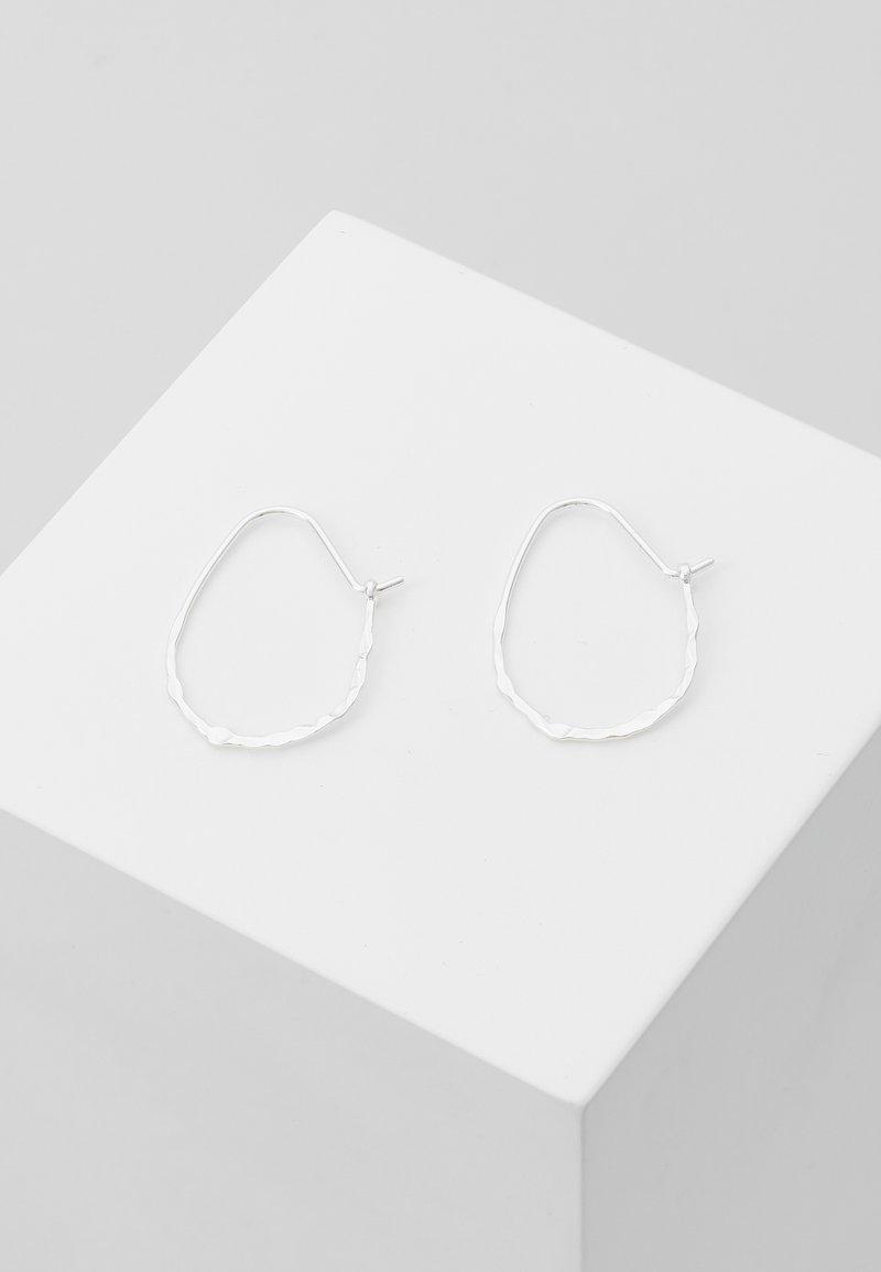 Pilgrim - EARRINGS OLENA - Pendientes - silver-coloured