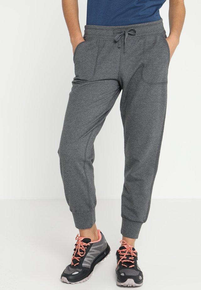 AHNYA PANTS - Pantalones deportivos - forge grey