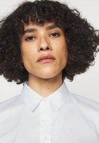 HUGO - ESHILA - Košile - white - 3
