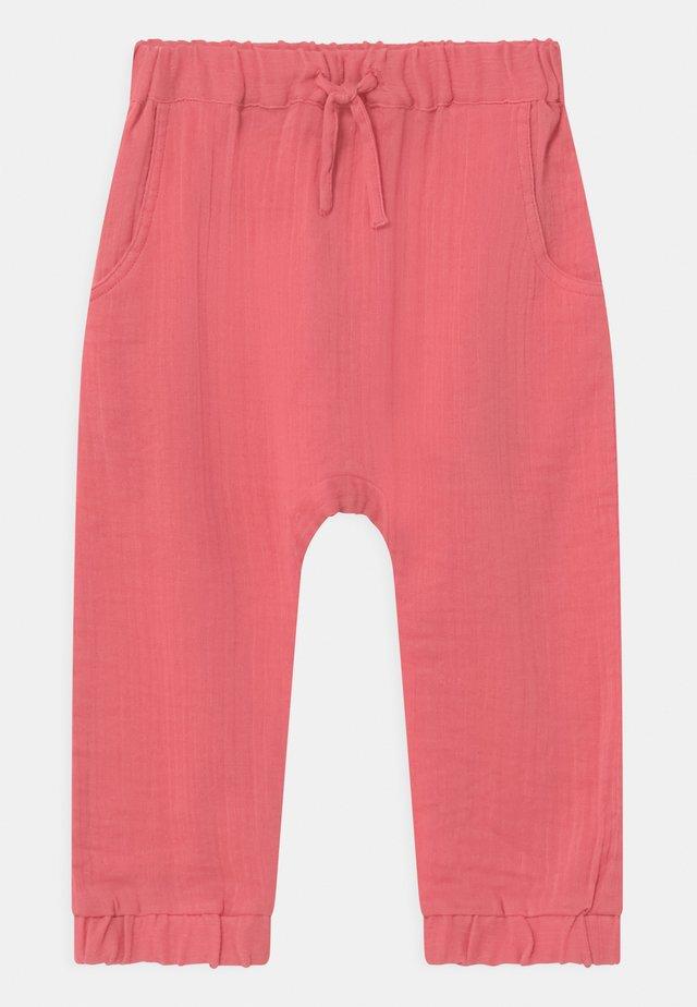 LOKI BABY  - Pantalon classique - rose