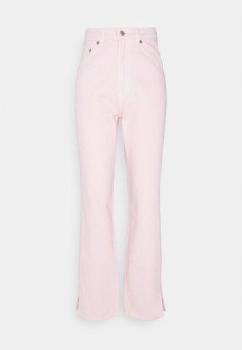 ROWE SPLIT - Straight leg jeans - light pink