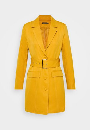 BELTED BLAZER DRESS - Cocktailkjole - orange
