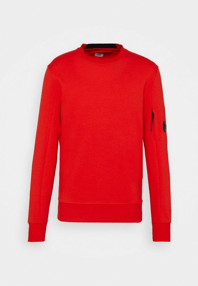 DIAGONAL RAISED - Sweatshirt - fiery red