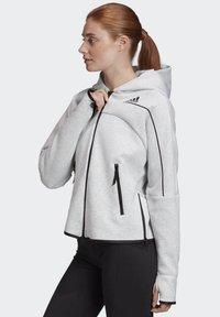 adidas Performance - ADIDAS Z.N.E. HOODIE - Zip-up hoodie - grey - 5