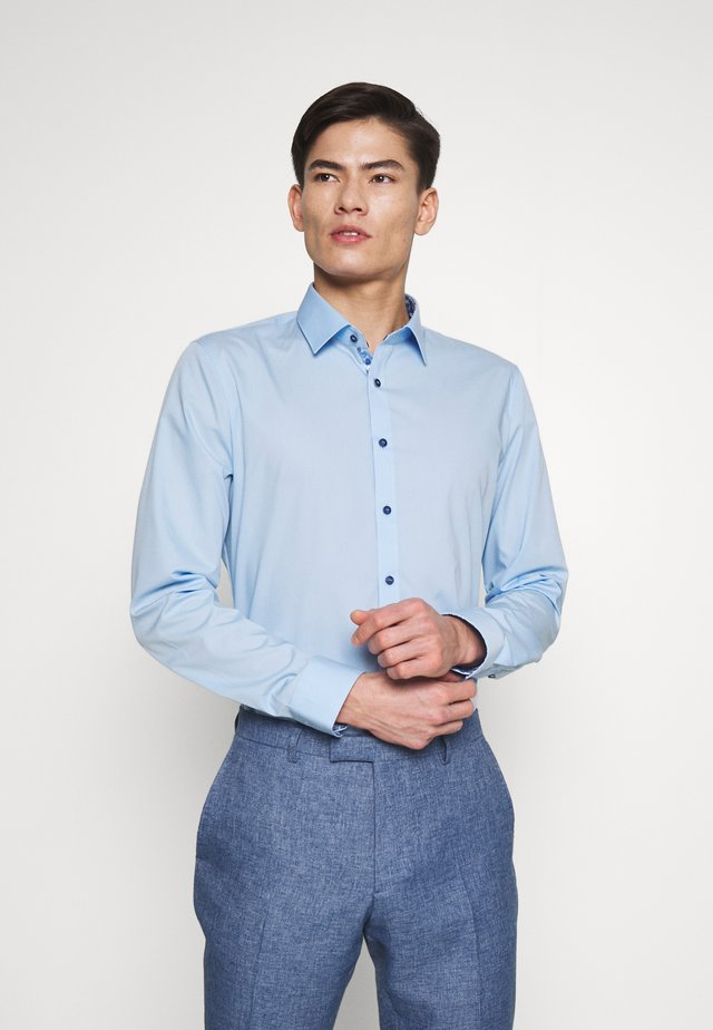 OLYMP NO.6 SUPER SLIM FIT  - Formální košile - light blue