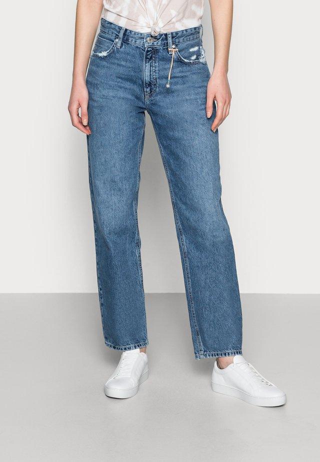 BERLIN - Straight leg jeans - mid brushed denim