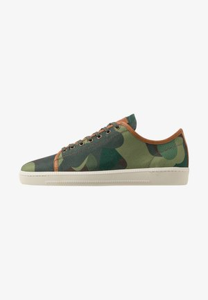 KEVIN - Sneakers laag - camo