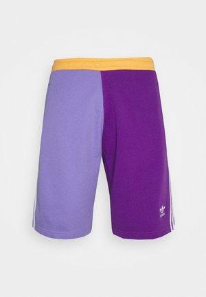 BLOCKED UNISEX - Shorts - active pur