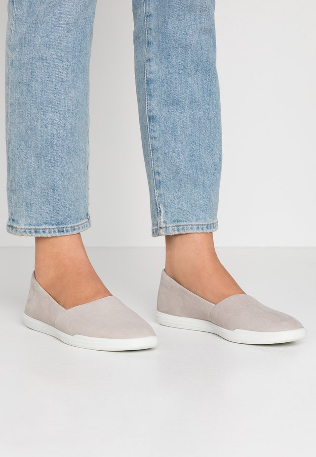 ECCO SIMPIL W - Mocasines - grey rose