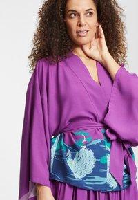 Collectif - SABINE PEACOCK  - Summer jacket - purple - 3