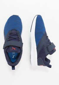 Puma - NRGY COMET  - Zapatillas de running neutras - peacoat/palace blue - 0