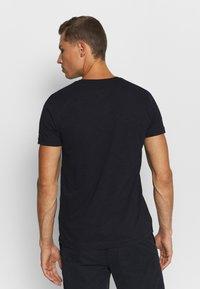 Tommy Hilfiger - SLUB TEE - Basic T-shirt - desert sky - 2