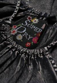 Superdry - Denní šaty - black - 4