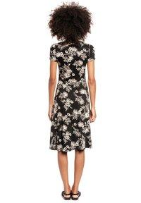 Vive Maria - TROPICAL BLOSSOM - Jumper dress - schwarz allover - 2