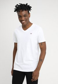 Hollister Co. - 3 PACK - T-shirt basique - black/white/grey - 1