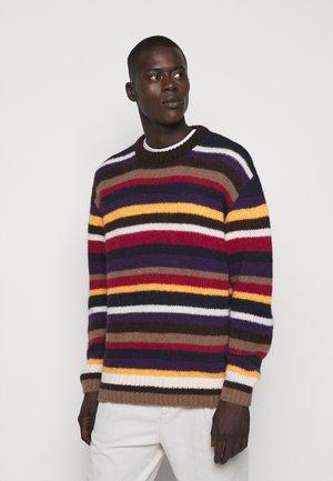 Stickad tröja - multicolor