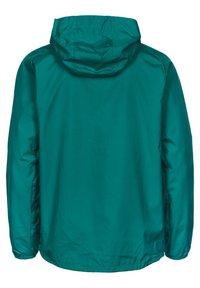 Umbro - SV WERDER BREMEN  - Club wear - fanfare / ice green - 1