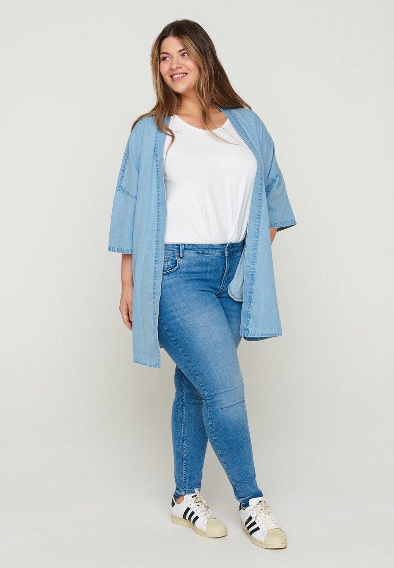Zizzi - Short coat - light blue denim