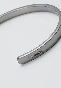 Miansai - SINGULAR CUFF - Bracelet - gunmetal - 4